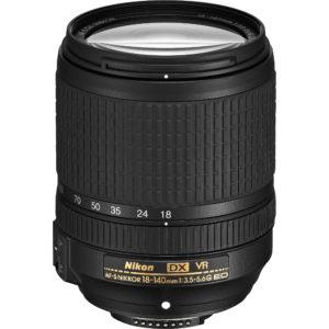 Nikon AF-S DX Zoom 18-140mm f/3.5-5.6G ED VR